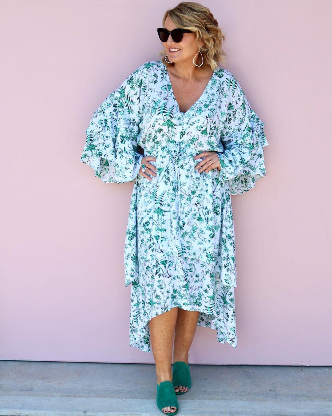 платье для женщины 50 лет летнее