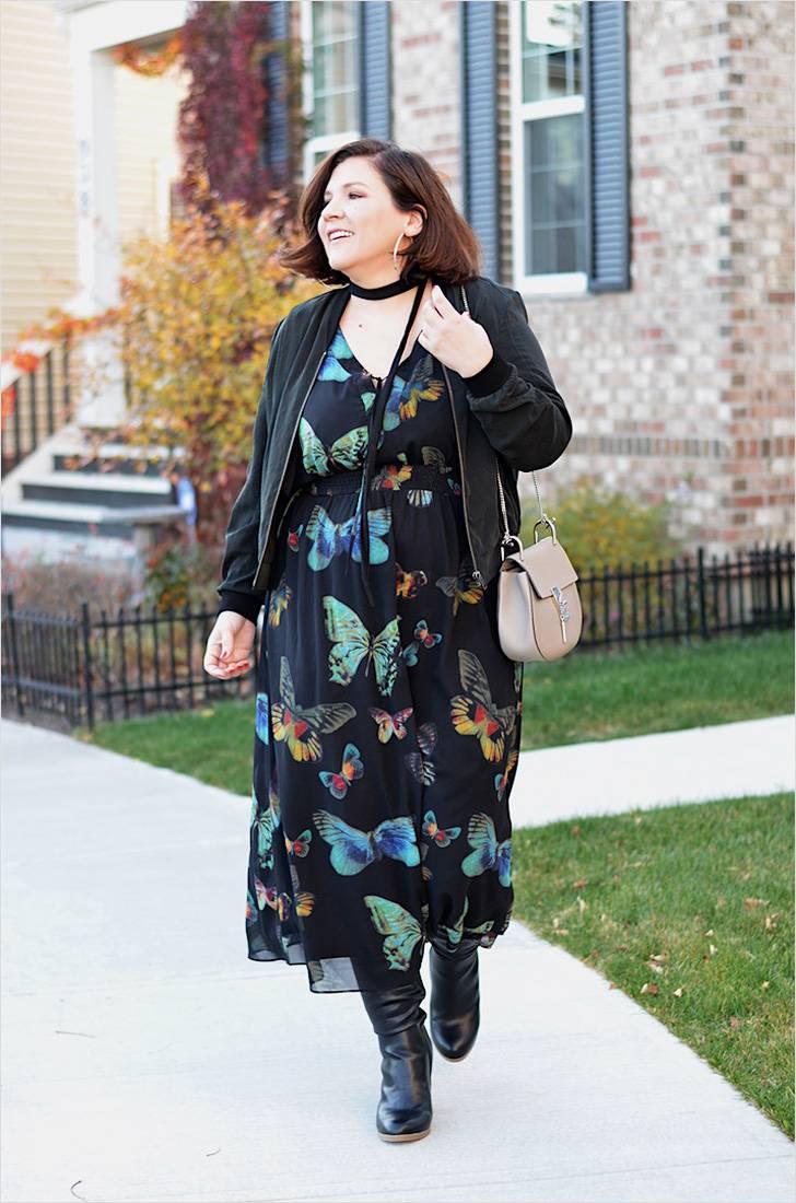 женщина 50 лет в шифоновом платье