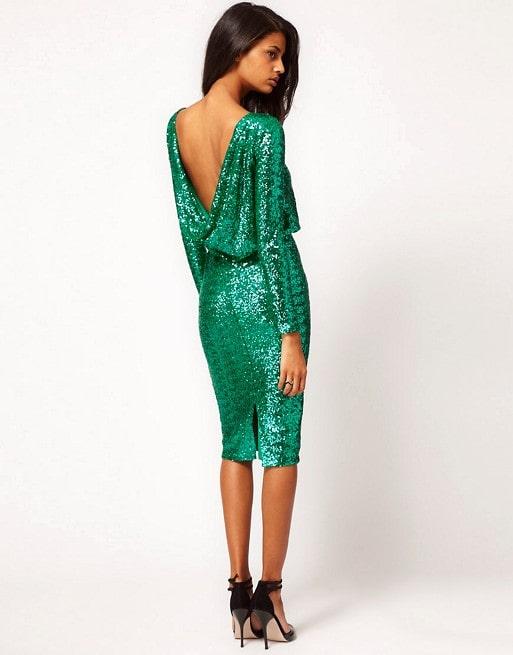 платье с пайетками с открытой спиной
