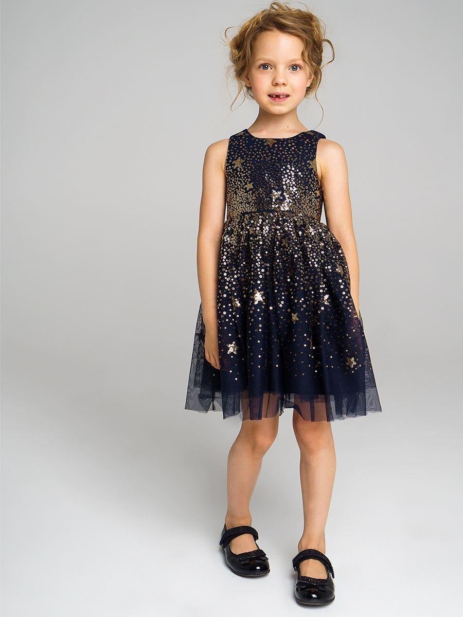 девочка в пышном платье с пайетками
