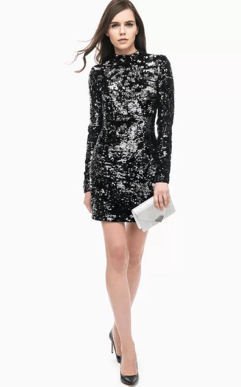 платье с пайетками и сумка
