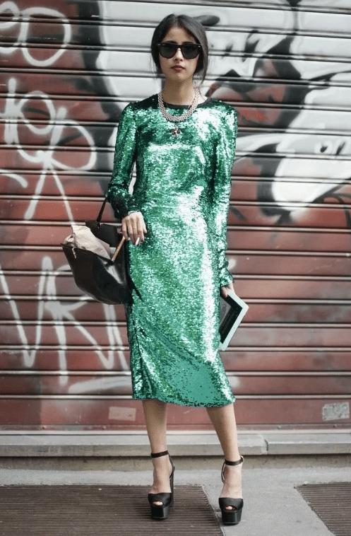 прямое платье с пайетками