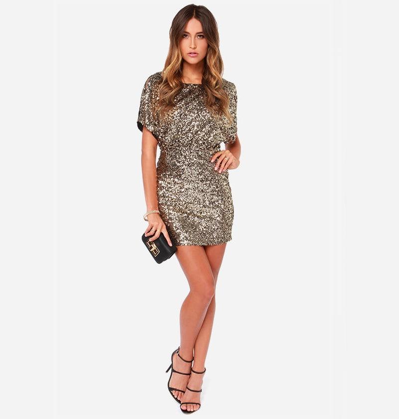 платье с пайетками с рукавом летучая мышь
