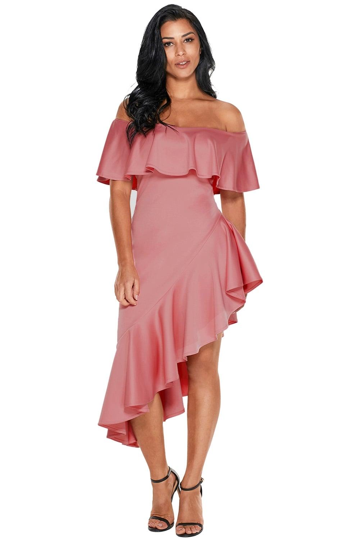 Платье с волананами по низу и на плечах