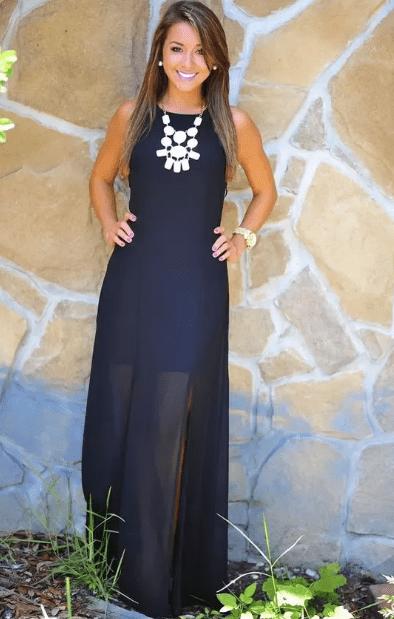 колье с платьем