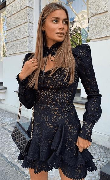 Мини кружевное платье черного цвета