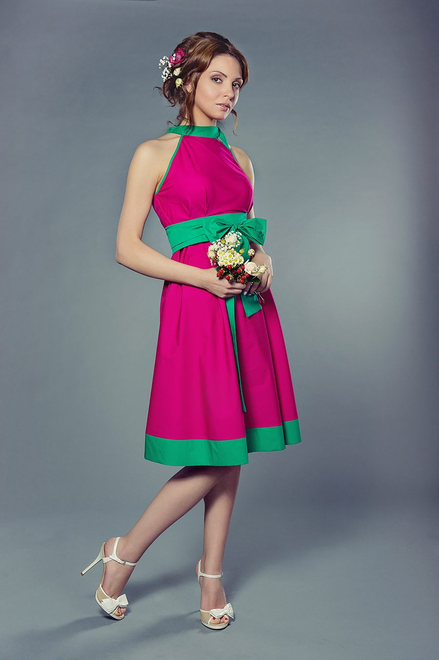 Розово зеленое платье
