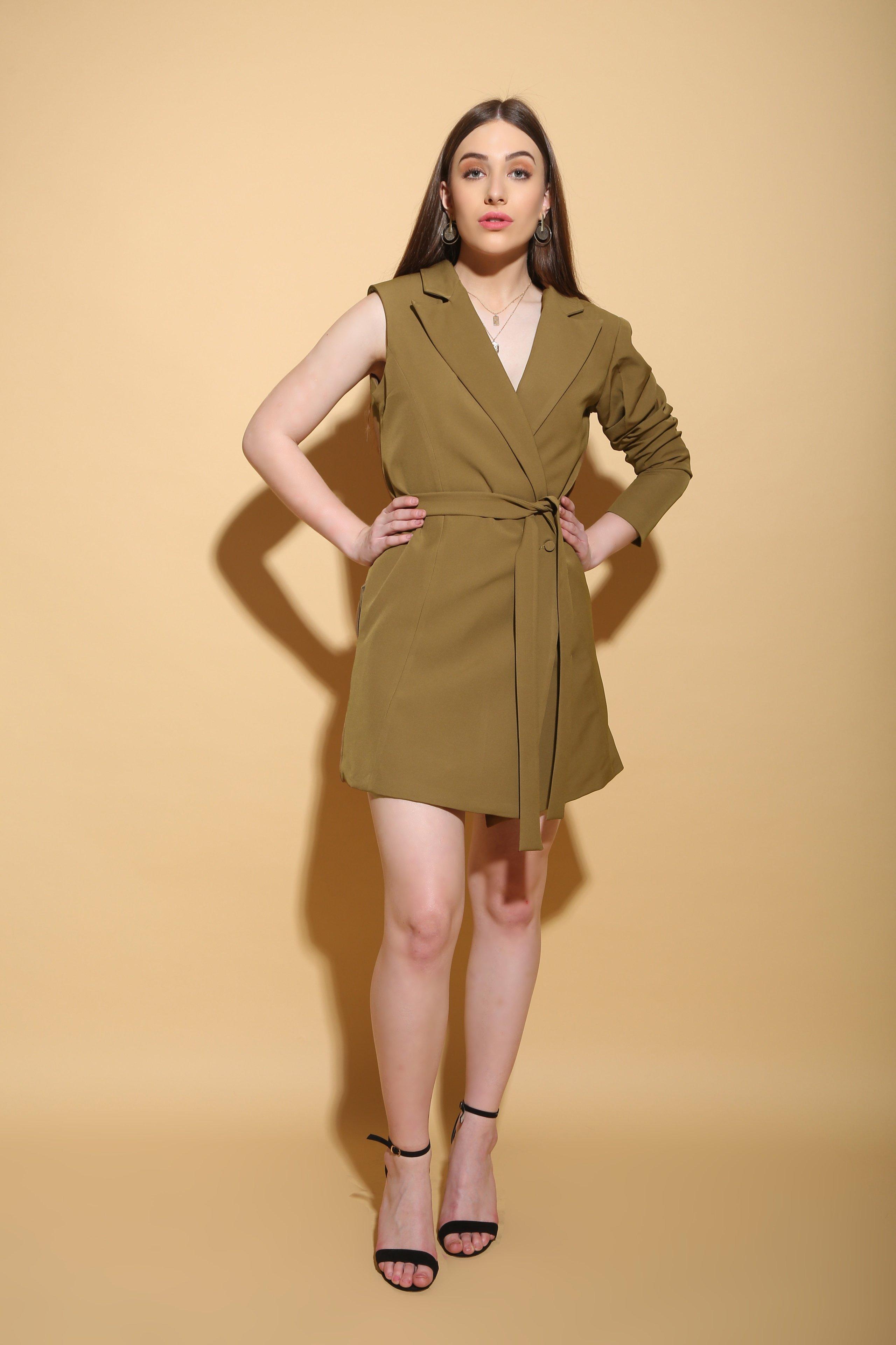 8 модных моделей платья-пиджак 2021 и варианты с чем его носить