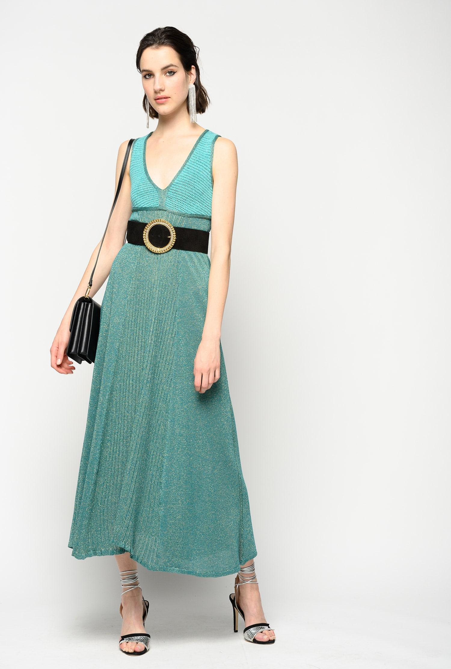 платье с люрексом и ремнем