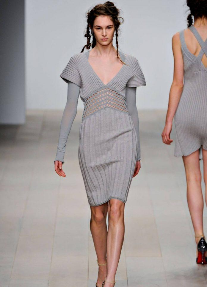 вязаное платье 2021