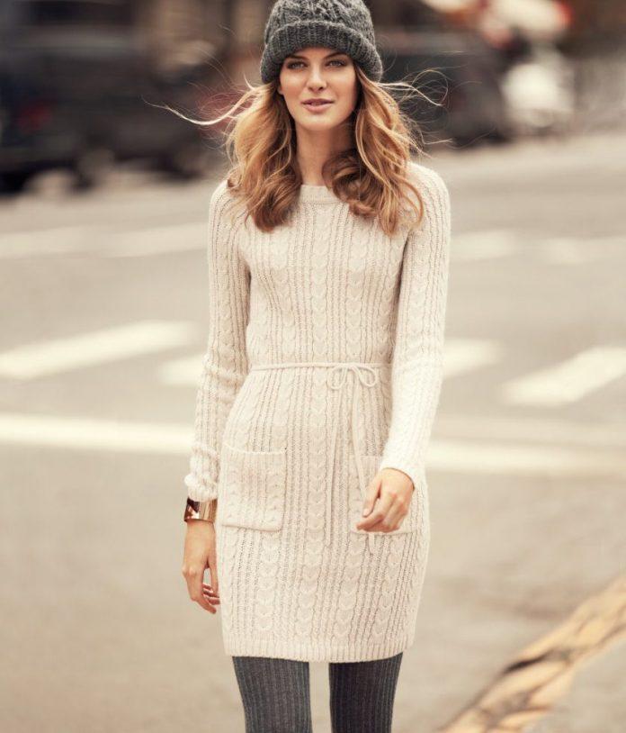 вязаное платье с шапкой