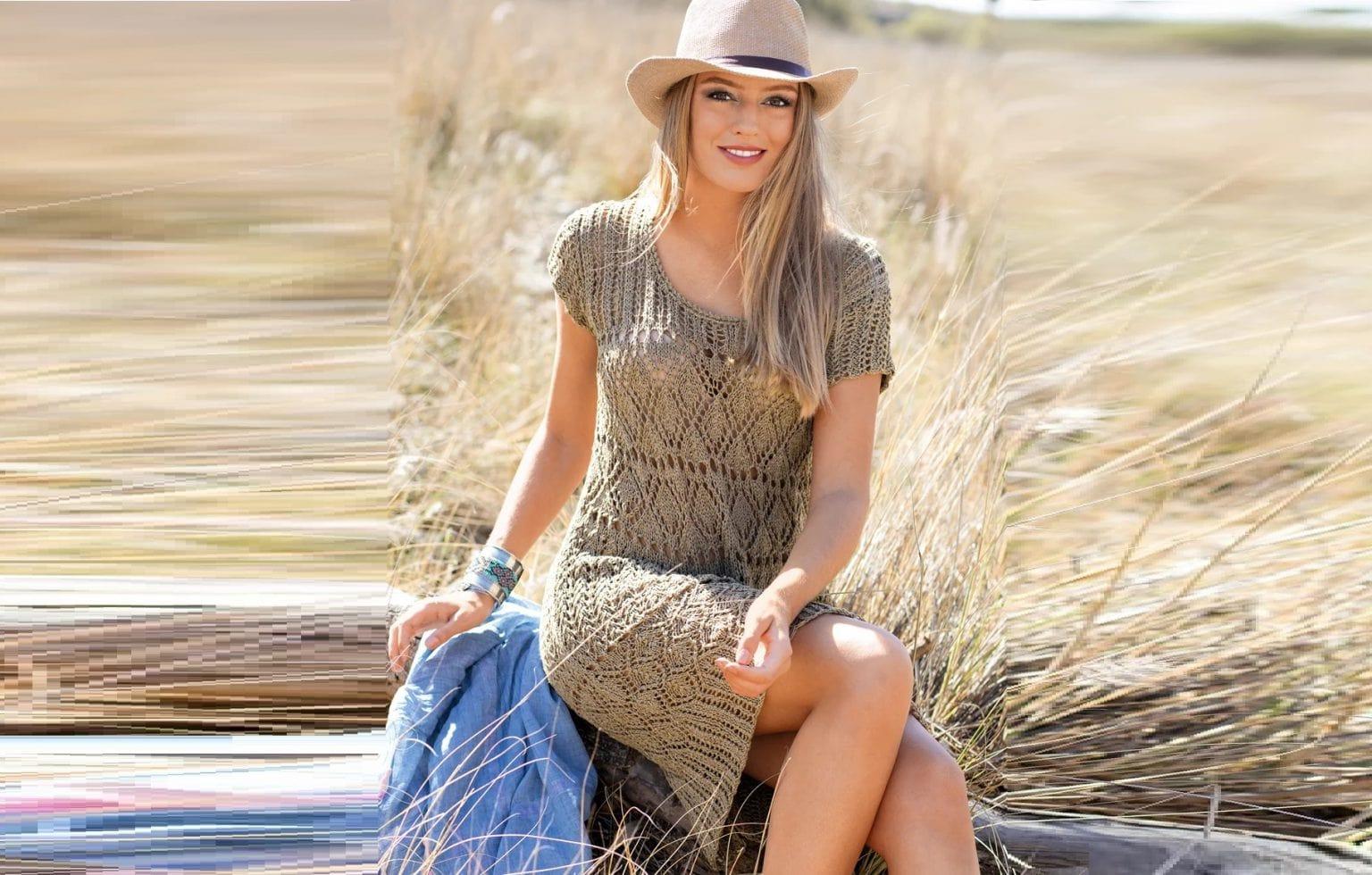 вязаное платье без рукавов