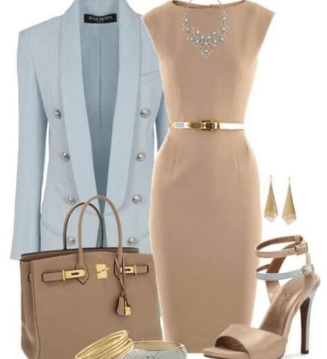 бежевое платье футляр с голубым пиджаком