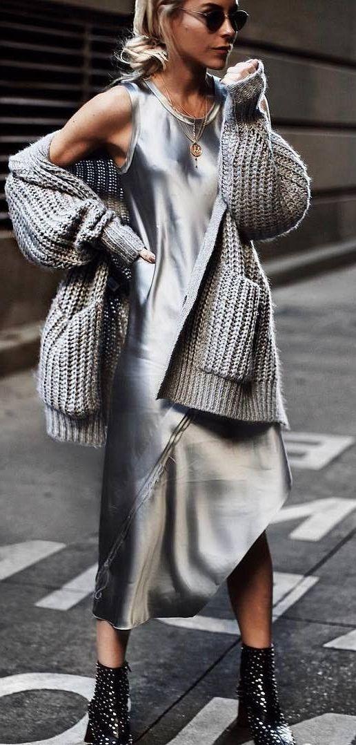 платье в бельевом стиле с кофтой