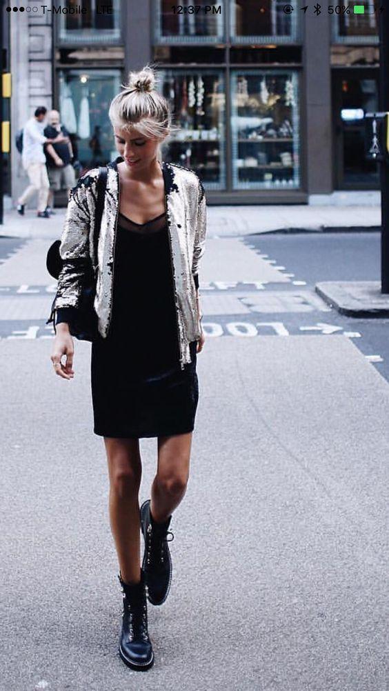 платье с курткой и с ботинками