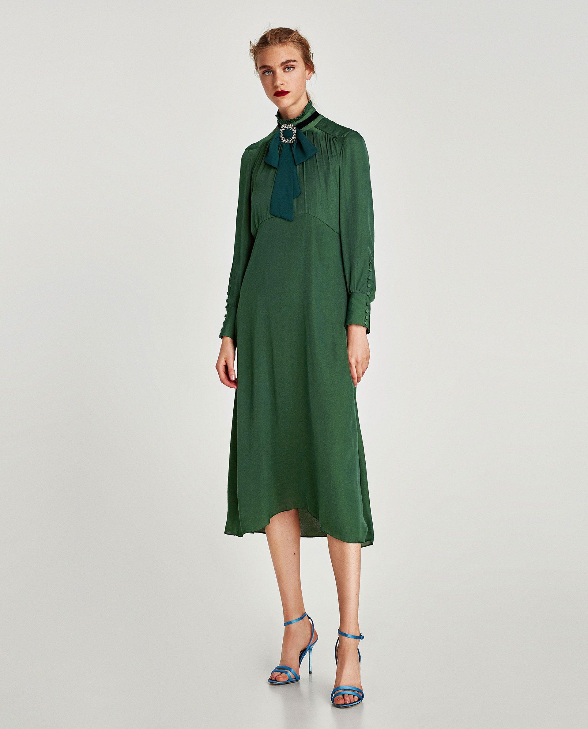 зеленое платье миди