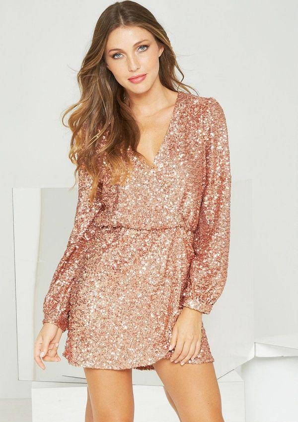 золотое платье с запахом