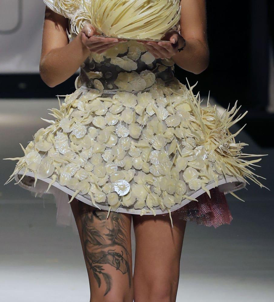платье из белого шоколада