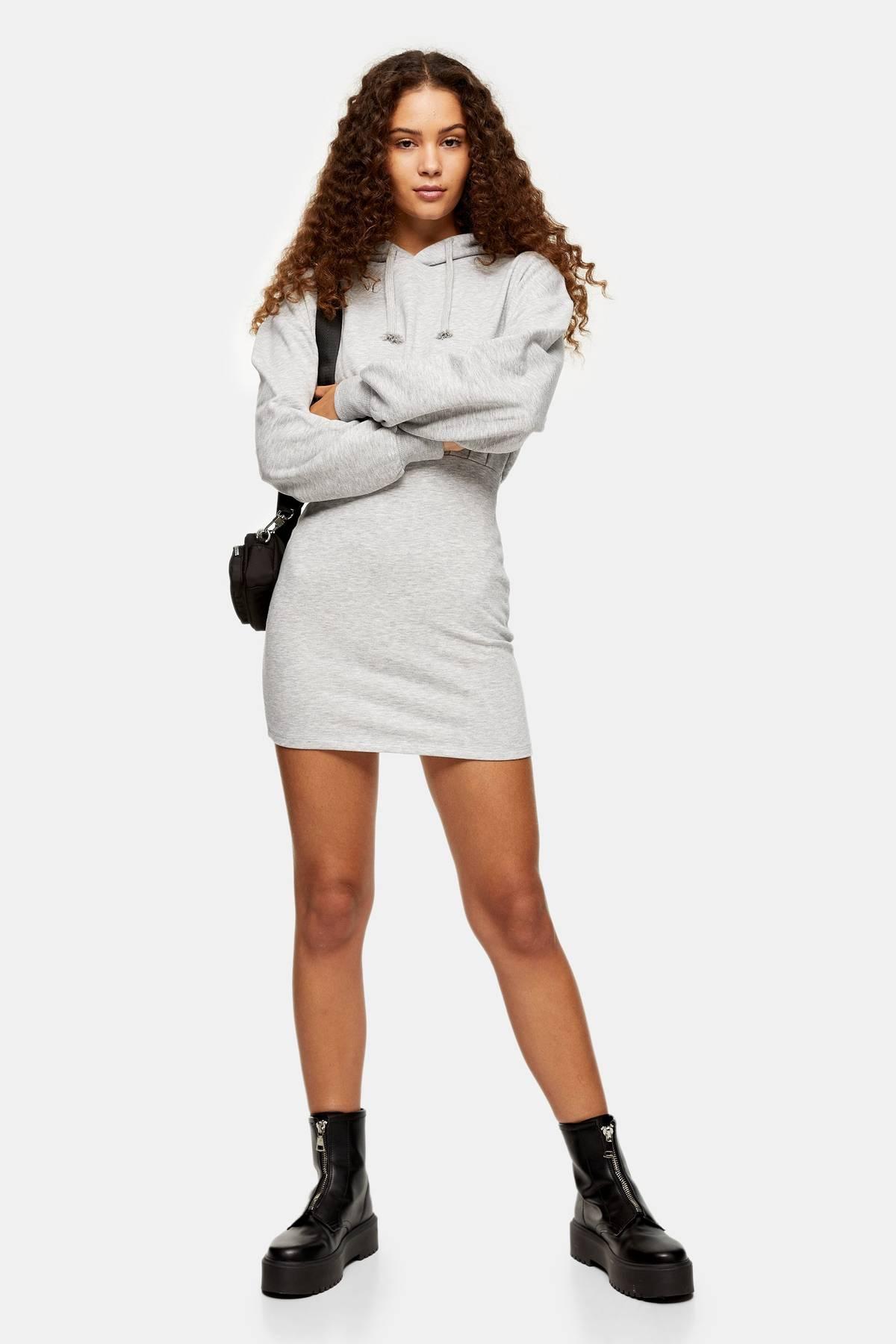 платье с капюшоном мини