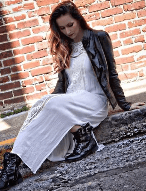 длинное платье с ботинками