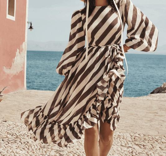 полосатое платье с рукавом фонариком