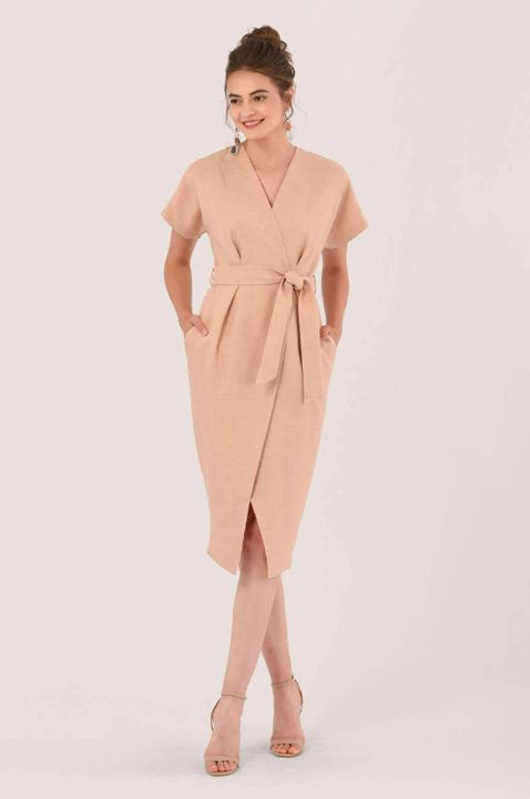 платье с запахом и рукавом кимоно