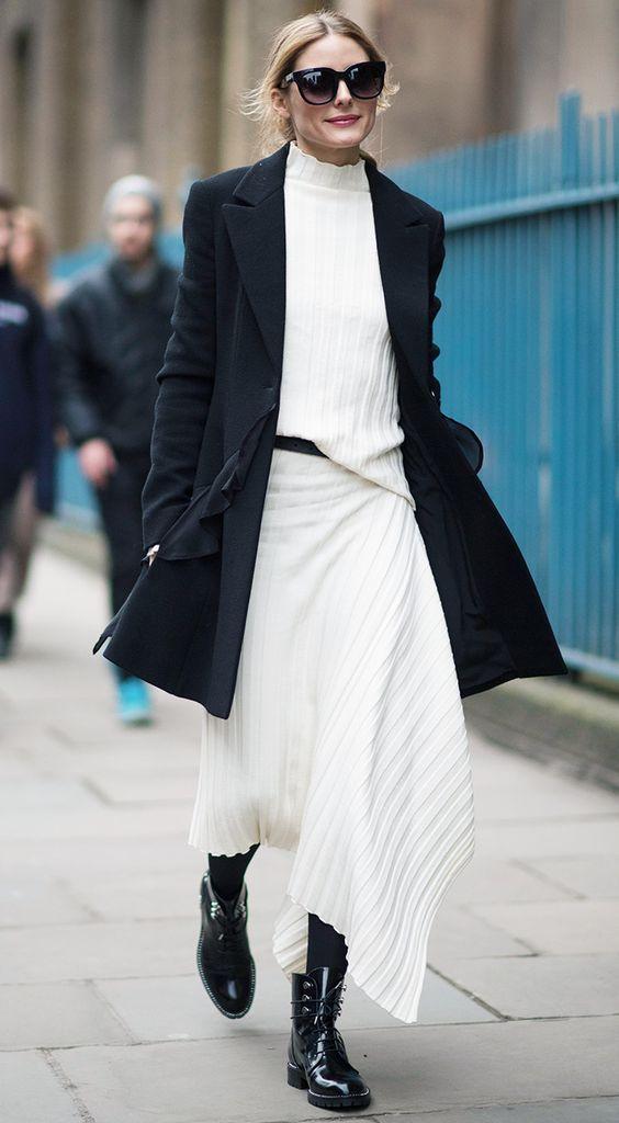 белое платье с ботинками