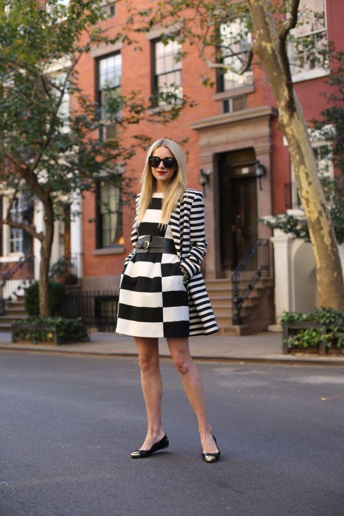 черно белое платье с поясом