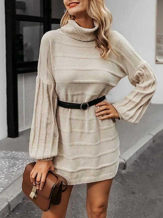 вязаное платье с ремнем