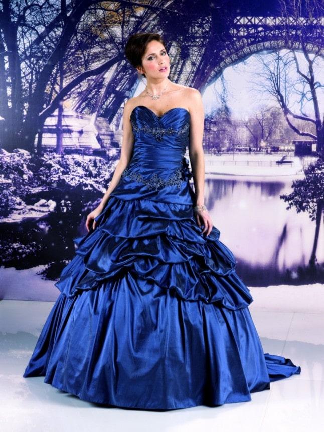 темно синее свадебное платье с драпировкой