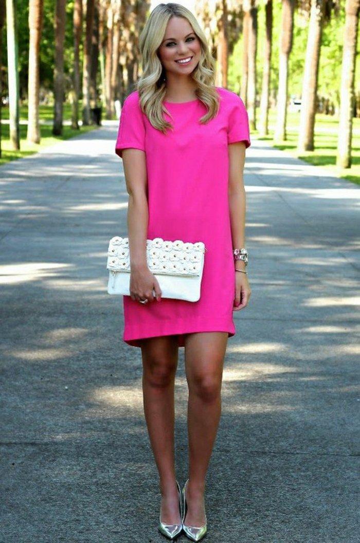 розовое платье шифт 2021