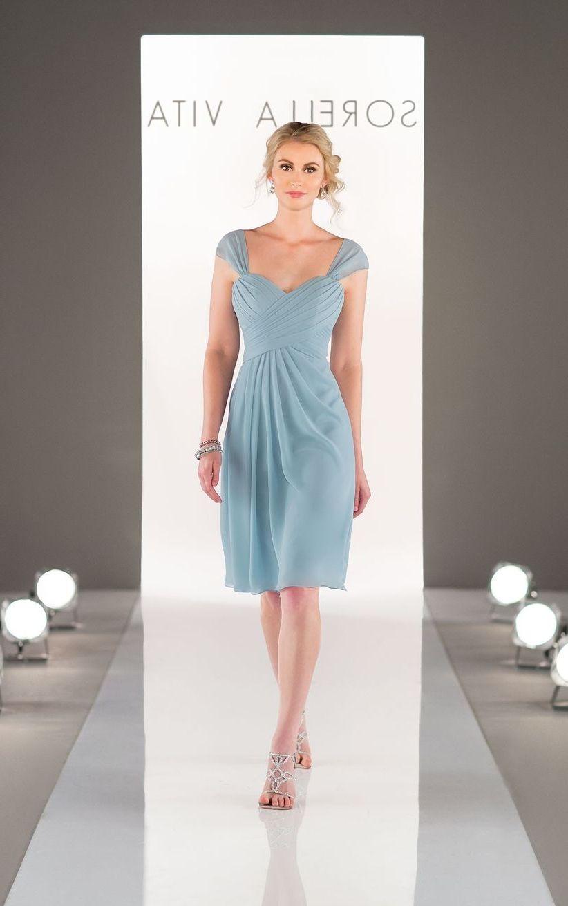 голубое платье для беременной