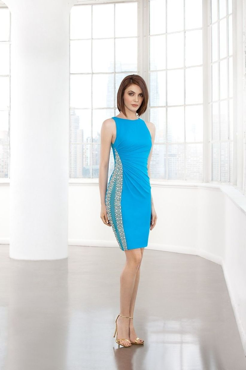 яркое платье для беременной